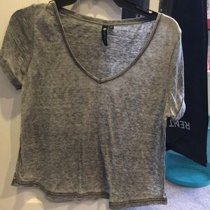 Lightweight gray top